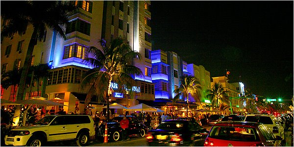 Miami-Beach-South-beach-ocean_drive